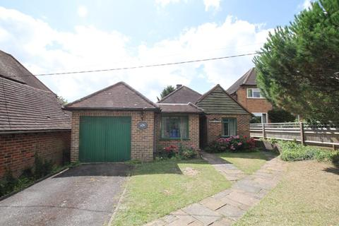 3 bedroom bungalow for sale - High Road, COOKHAM, SL6