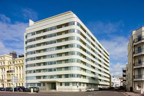 3 bedroom flat for sale - Kings Road, Brighton, East Sussex, BN1 2PX
