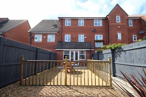 4 bedroom townhouse for sale - COPPY BRIDGE DRIVE, Firgrove, Rochdale OL16 3AQ