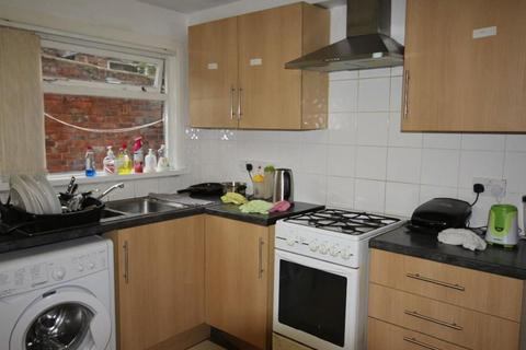 1 bedroom house share to rent - Brighton Grove, Newcastle upon Tyne