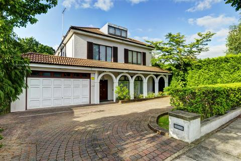 6 bedroom detached house for sale - Neville Drive, N2