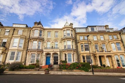2 bedroom flat for sale - Percy Gardens, Tynemouth