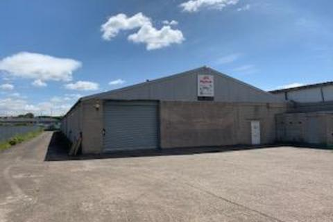Warehouse to rent - Maunside, Green Line Industrial Estate, Mansfield