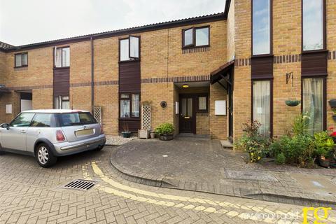 2 bedroom retirement property for sale - Farmborough Close, Harrow