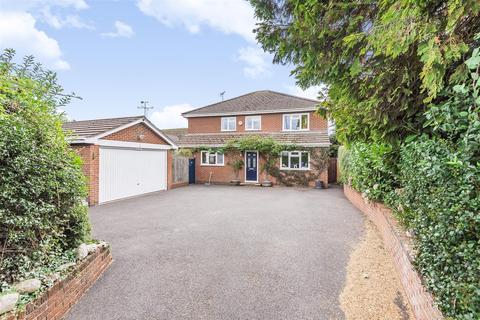 4 bedroom detached house for sale - Sidmouth Road, Lyme Regis