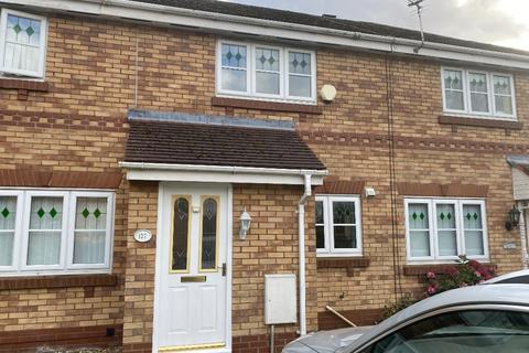 2 bedroom semi-detached house to rent - Riviera Drive, Croxteth, Liverpool, L11 4UR