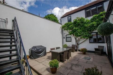 Property for sale - 4-5 Wyle Cop Shrewsbury, Shropshire, SY1 1UT