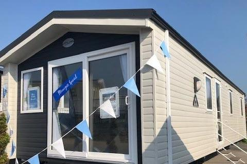 2 bedroom lodge for sale - Littlesea Holiday Park