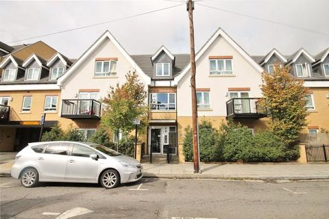2 bedroom apartment to rent - Featherstone Court, Featherstone Road, Southall, UB2