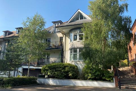 3 bedroom penthouse for sale - Lilliput