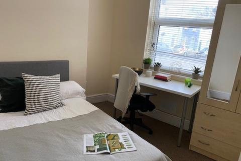 3 bedroom flat to rent - 55a Cambridge Street