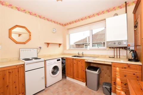 2 bedroom maisonette - Yarrow Close, Broadstairs, Kent