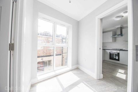 3 bedroom apartment to rent - Lynn Mews, Leytonstone, E11