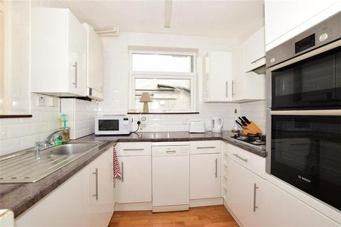3 bedroom semi-detached house for sale - Masons Rise, Broadstairs, Kent