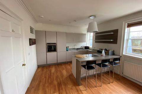 2 bedroom flat to rent - Atholl Place, Haymarket, Edinburgh, EH3