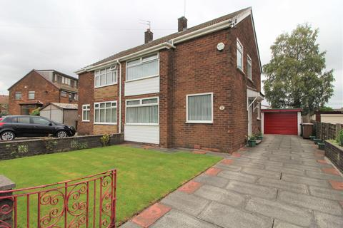 3 bedroom semi-detached house for sale - Mossway, Middleton, Manchester, M24 1RG