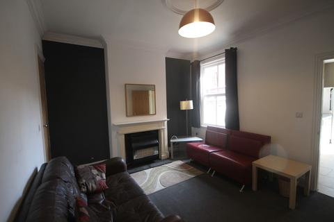 4 bedroom barn conversion to rent - Harrow Road, Leicester