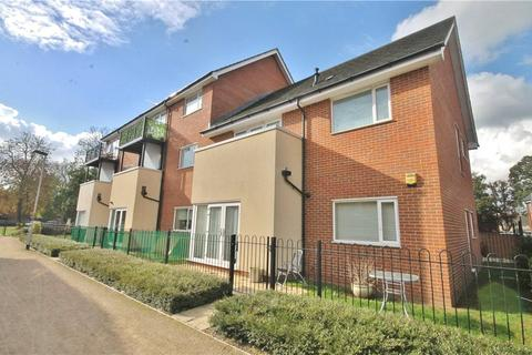 1 bedroom apartment for sale - Shaw Close, Stanwell, Surrey, TW19