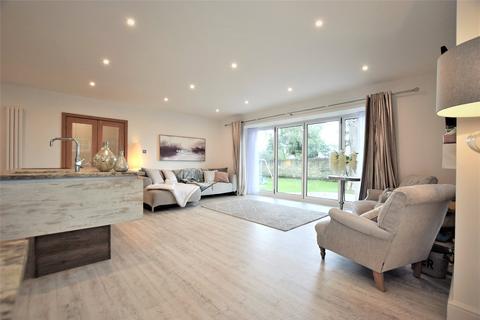 3 bedroom bungalow for sale - Springwell Village