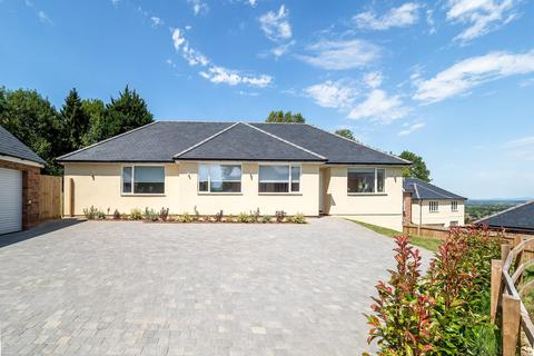 4 bedroom bungalow for sale - Howey Close, Malvern, Worcestershire, WR14