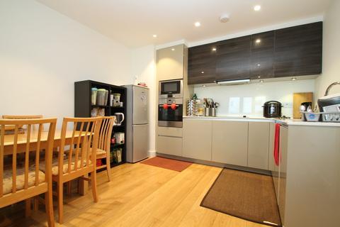 2 bedroom flat for sale - Barking Road