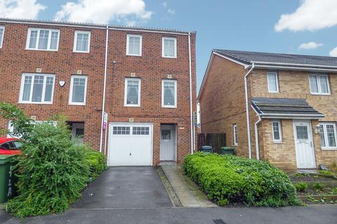 3 bedroom townhouse for sale - High Newham Road, Hardwick, Stockton-on-Tees, Durham, TS19 8NT