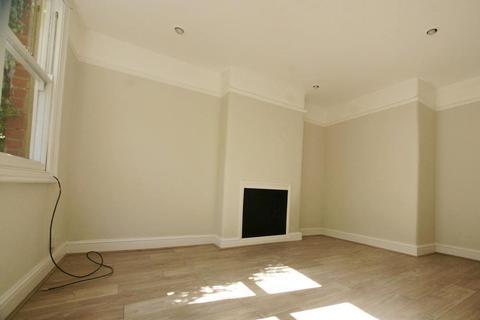 2 bedroom house to rent - Brocklebank Road, Earlsfields, SW18 3AP