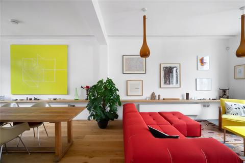 6 bedroom end of terrace house for sale - Pangbourne Avenue, Notting Hill, W10