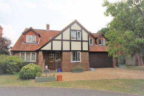 4 bedroom detached house for sale - Walters Ash