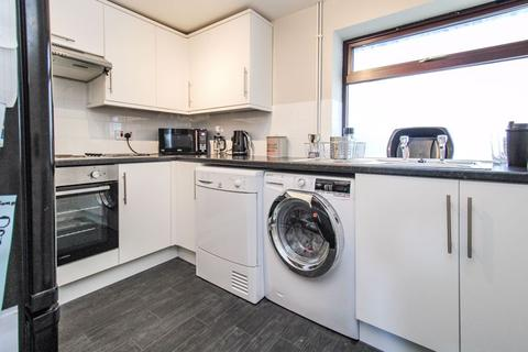 2 bedroom flat to rent - Ash Bank Road, Stoke-On-Trent
