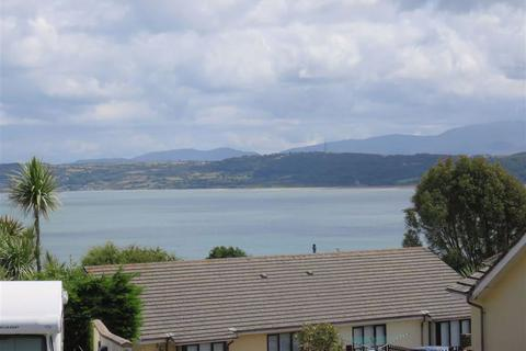 2 bedroom flat for sale - Rhostrefor Court, Benllech, Isle Of Anglesey