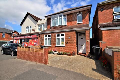 3 bedroom detached house for sale - Kimberley Road, Southbourne, Bournemouth