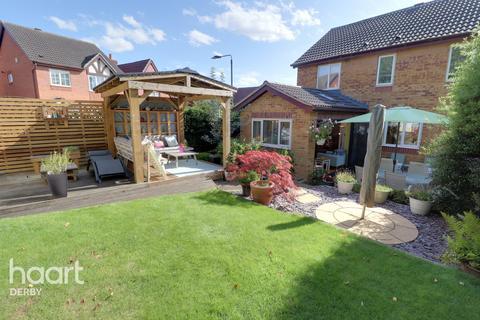 4 bedroom detached house for sale - Sparrow Close, Ilkeston
