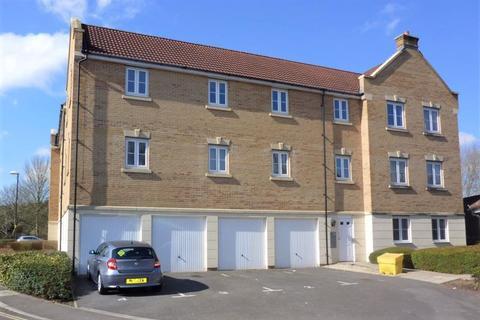 2 bedroom flat to rent - Dickinsons Fields, Bristol