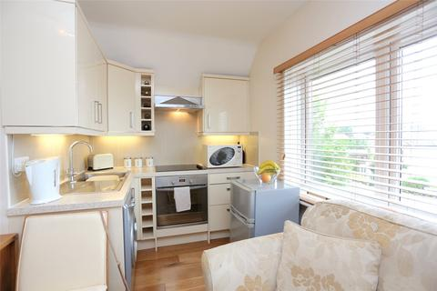 1 bedroom flat - Belle Vue Road, Bournemouth, Dorset, BH6