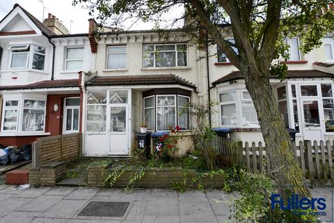 2 bedroom terraced house for sale - Princes Avenue, Palmers Green, London N13