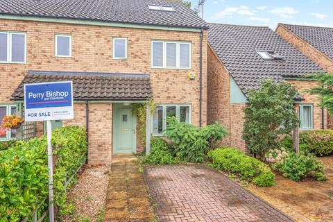 4 bedroom semi-detached house for sale - Cheltenham, Gloucestershire, GL52