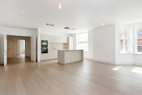 3 bedroom flat to rent - Heath Drive, Hampstead, NW3