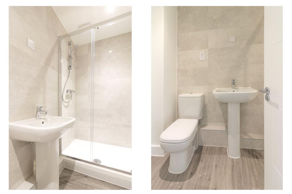 Bathroom  Apt 17