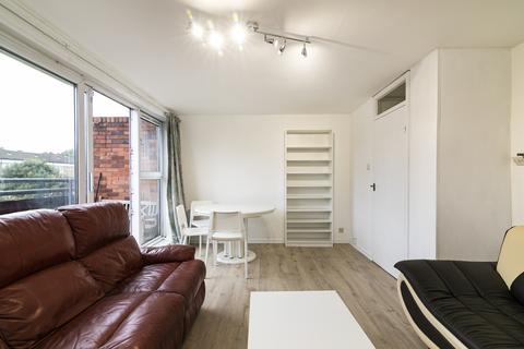3 bedroom maisonette to rent - Ollerton Green, London, E3