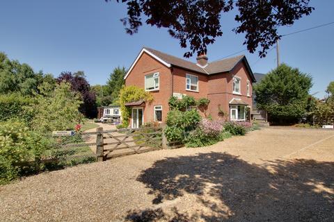 4 bedroom detached house for sale - GARRISON HILL, DROXFORD