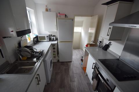1 bedroom house share to rent - Tosson Terrace, Newcastle Upon Tyne