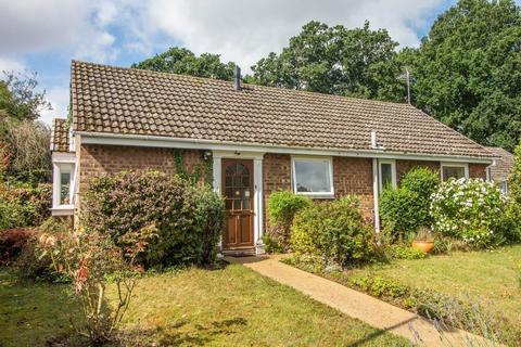 2 bedroom detached bungalow for sale - Harbour Avenue, Comberton