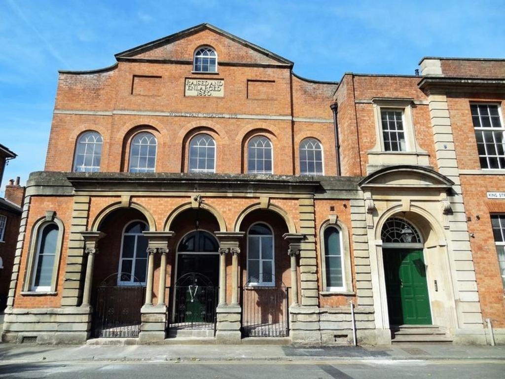 2 Bedrooms Apartment Flat for sale in King Street, Bridgwater