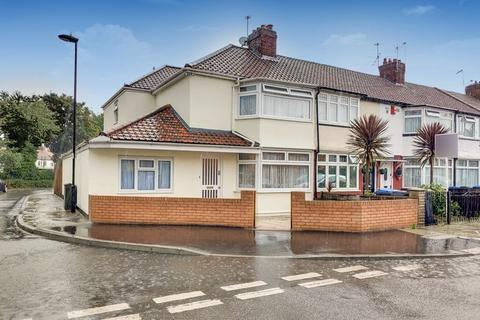 4 bedroom terraced house for sale - Woodstock Crescent, London N9