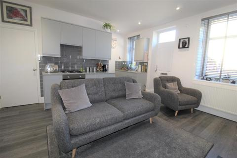 2 bedroom terraced house for sale - Grove Street South, Halifax