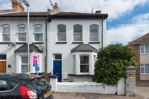 3 bedroom semi-detached house for sale - Crescent Road, Ramsgate