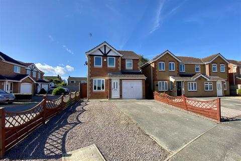 3 bedroom detached house for sale - Baysdale Grove, Grantham