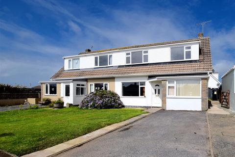 3 bedroom semi-detached house for sale - St. Brides View, Roch, Haverfordwest