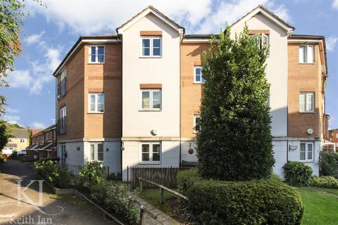 2 bedroom apartment for sale - Columbia Road, Turnford - Ground Floor with Balcony